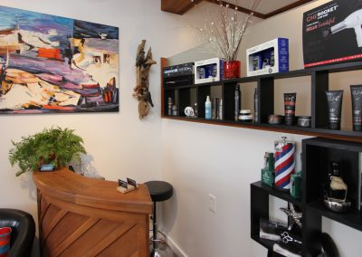 Waves 'N Shaves Salon Reception Desk